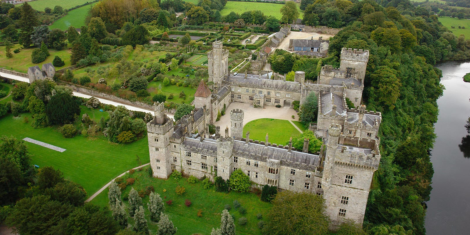 Lismore Castle - Castles for rent in Ireland